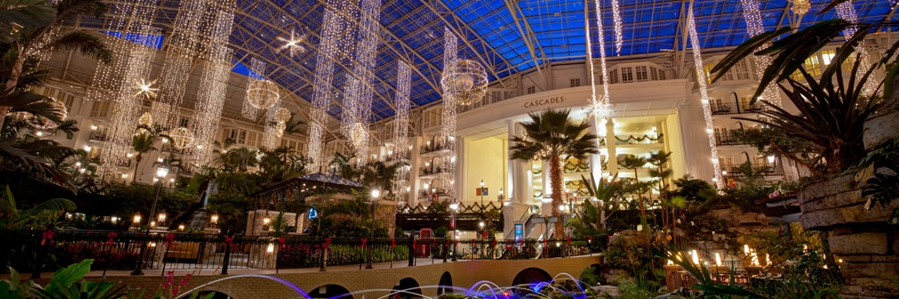 Christmas Vacation Packages | Gaylord Hotels Christmas ...
