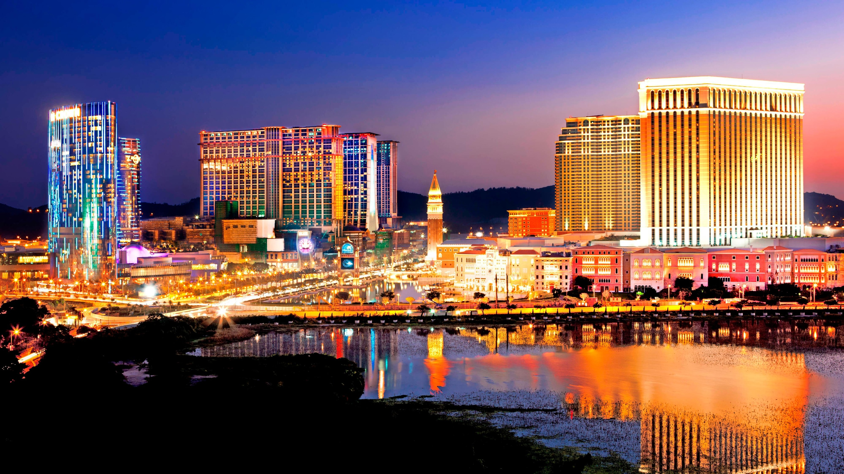 Panoramic evening view of cotai strip and city lights