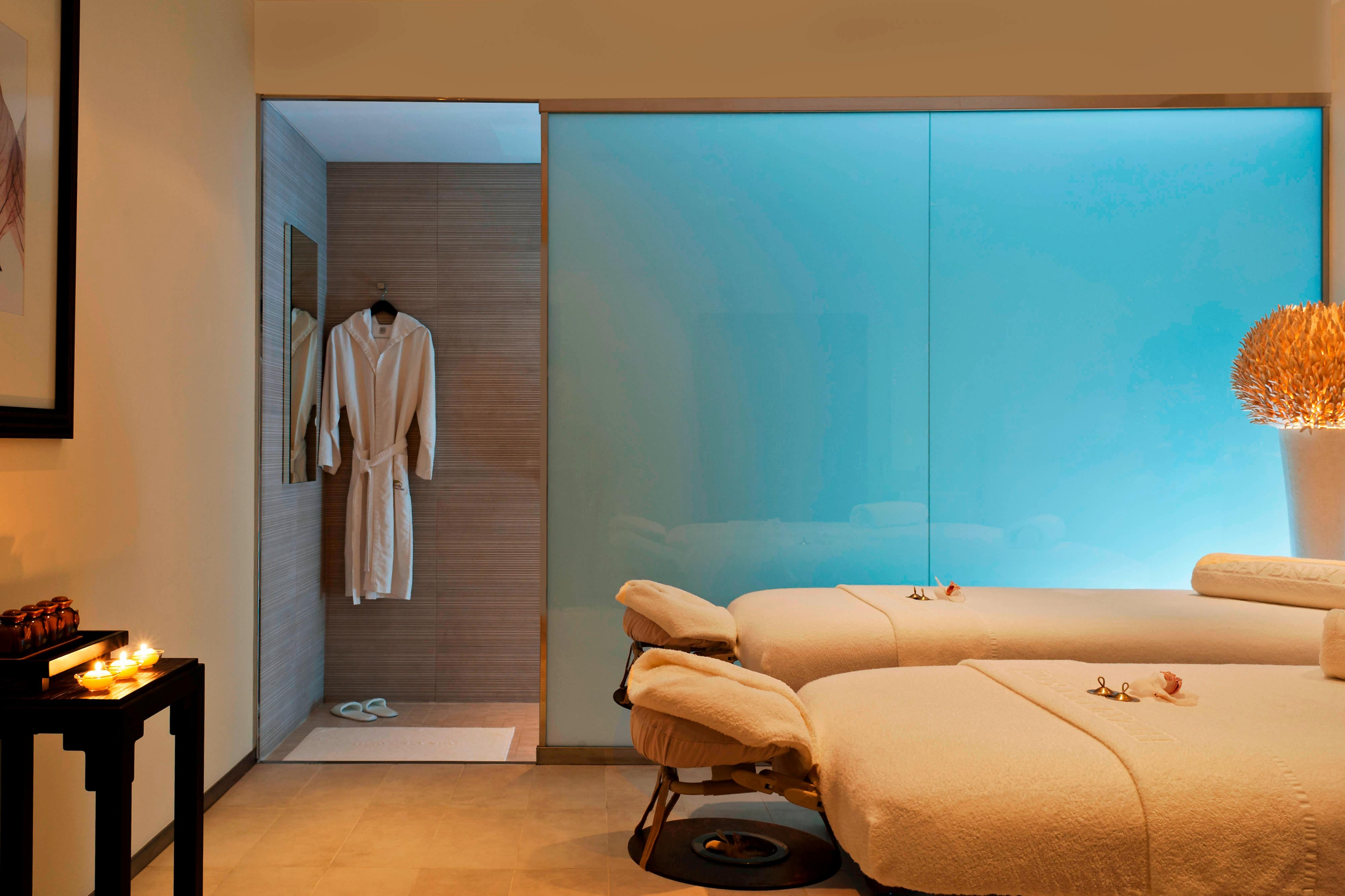 Heavenly Spa - Couples Treatment Room