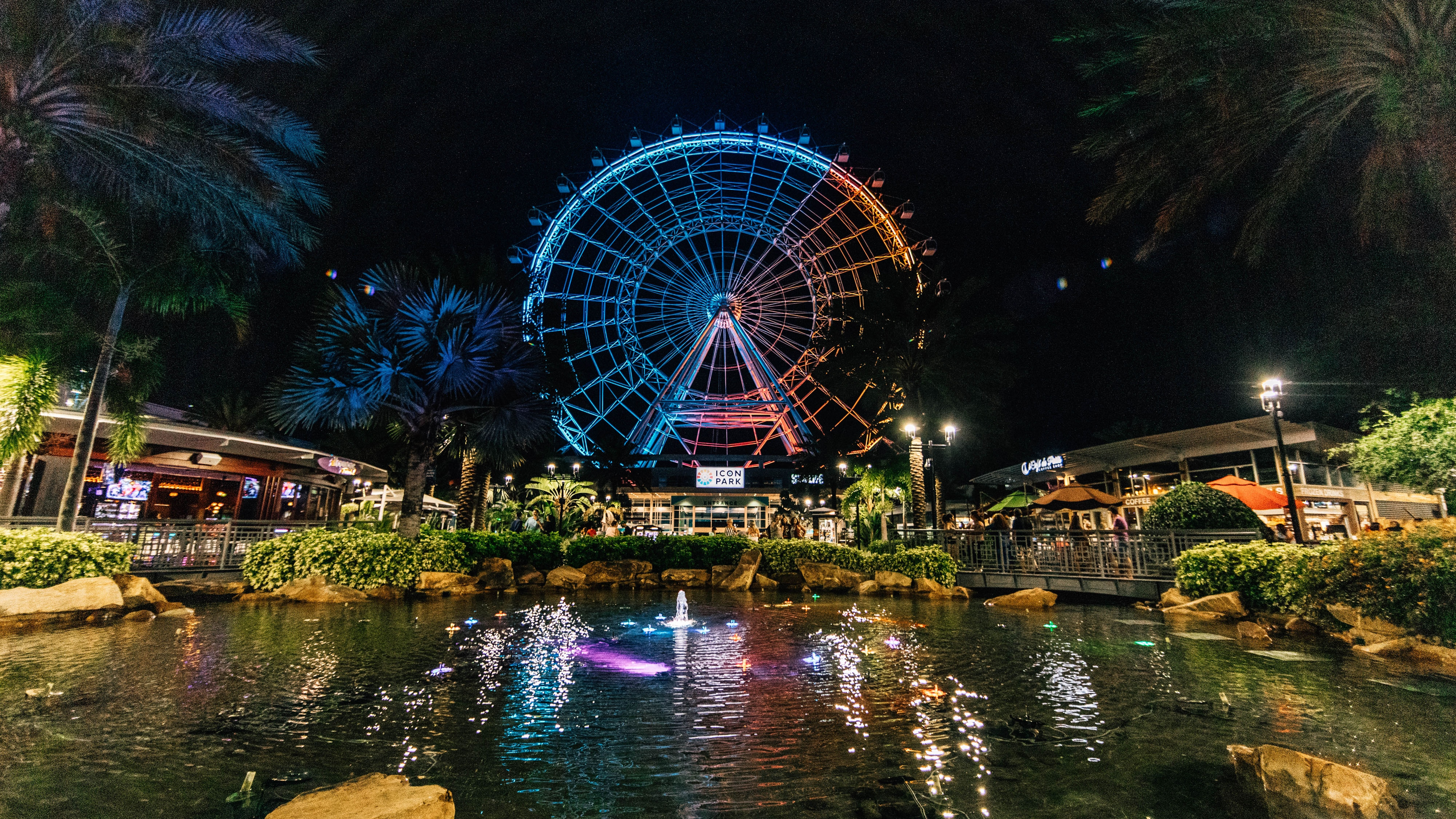 Take in spectacular views of the downtown Orlando cityscape on the iconic Wheel.