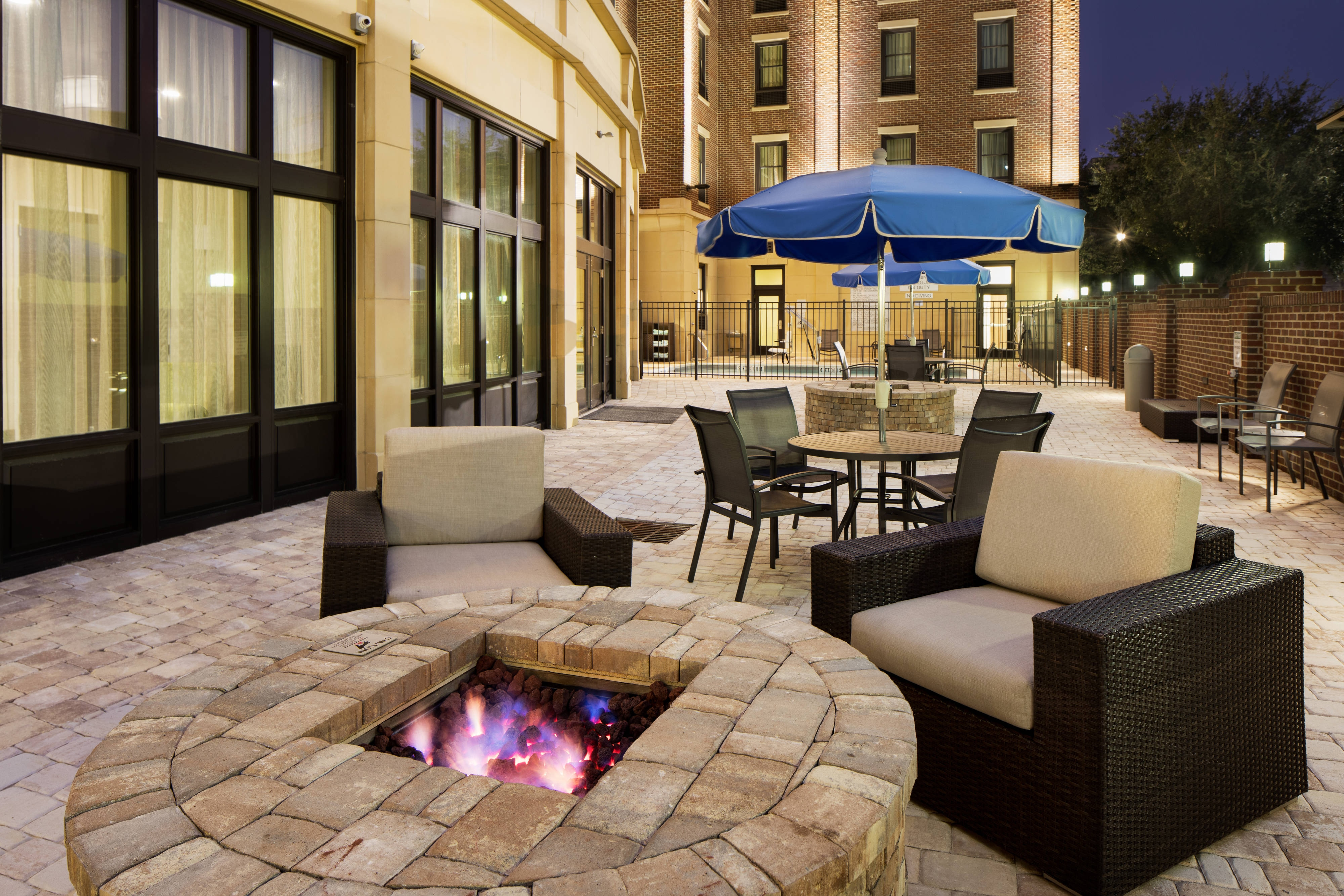 Our outdoor fire pit is the perfect spot to gather and socialize with your friends, family and colleagues.